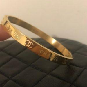 Gorgeous 💛 Gold Bracelet